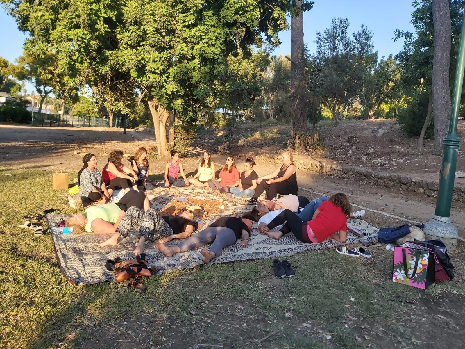נושמות בגן בילו